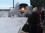 Schnee-Zug in Slow Motion