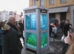 Aquarium in Telefonzelle